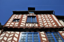 Half-timbered houses - JPEG - 28.1 kb